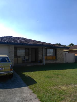 $175, Share-house, 3 bathrooms, Arcadia Drive, Mermaid Waters QLD 4218