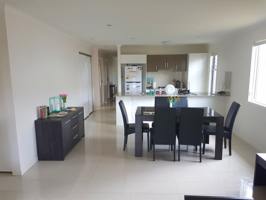 $190, Share-house, 4 bathrooms, Springs Drive, Little Mountain QLD 4551