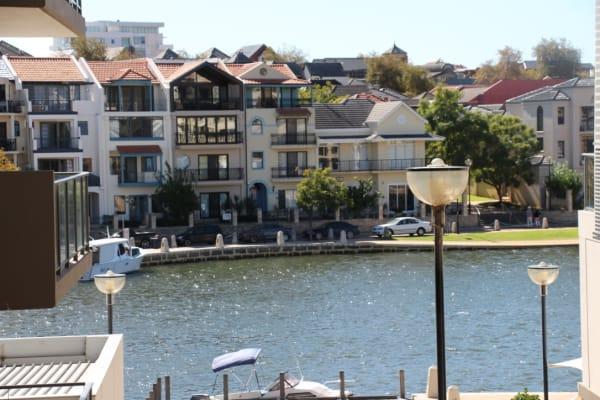 $185, Share-house, 4 bathrooms, Haig Park Circle, East Perth WA 6004