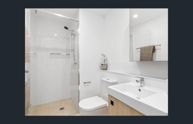 $275, Flatshare, 2 bathrooms, Stratton Street, Newstead QLD 4006