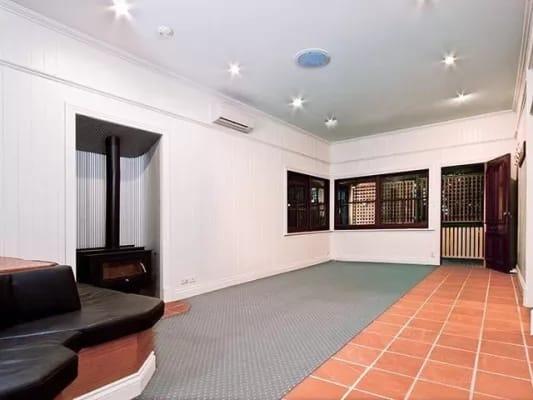 $165, Share-house, 3 bathrooms, Goldsbrough Road, Taringa QLD 4068