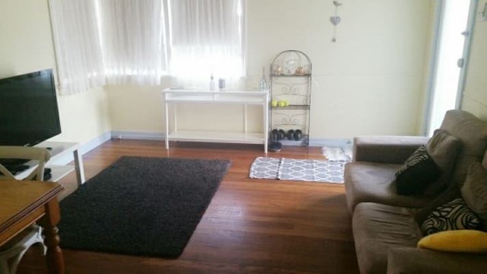 $450, Whole-property, 3 bathrooms, Mascar Street, Upper Mount Gravatt QLD 4122
