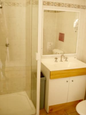 $280, Share-house, 3 rooms, Vulture Street, South Brisbane QLD 4101, Vulture Street, South Brisbane QLD 4101