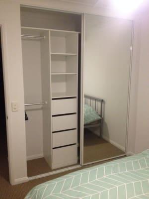 $240, Flatshare, 2 bathrooms, Labrador Street, Labrador QLD 4215