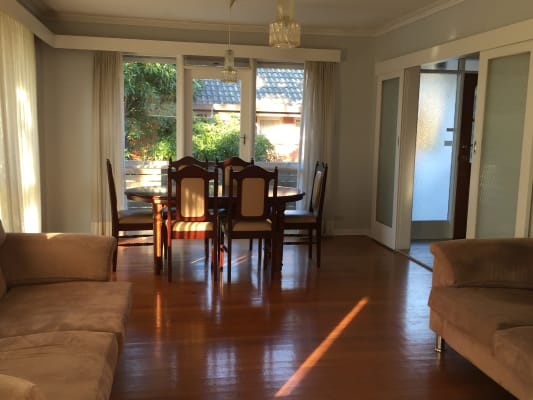 $800, Whole-property, 4 bathrooms, Lorraine Drive, Burwood East VIC 3151