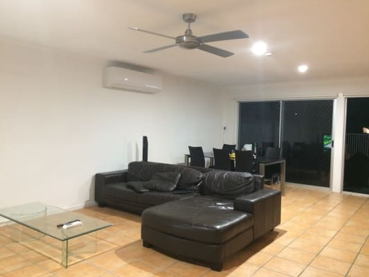$180, Share-house, 4 bathrooms, Rio Vista Boulevard , Broadbeach Waters QLD 4218