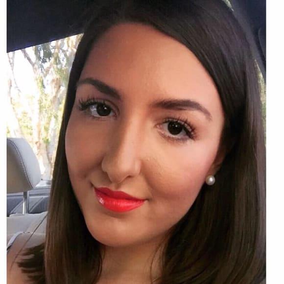 Danielle (21), $300, Non-smoker, No pets, and No children