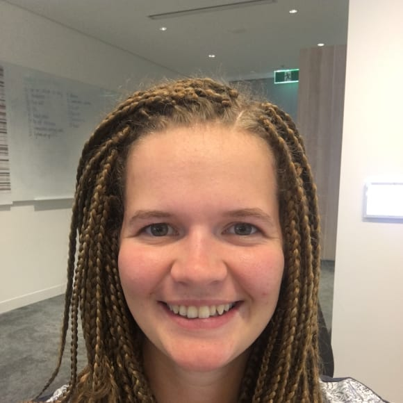 Pippa, Female, 23, $250, Non-smoker, No pets, and No children