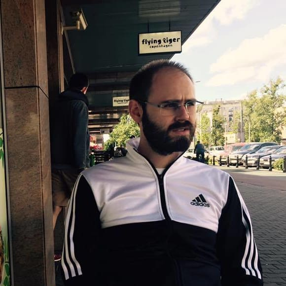 Szymon (28), $250, Non-smoker, No pets, No children, and LGBT+