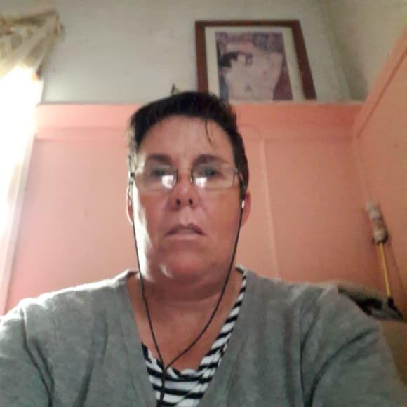 Jenny (50), $250, Non-smoker, No pets, and No children