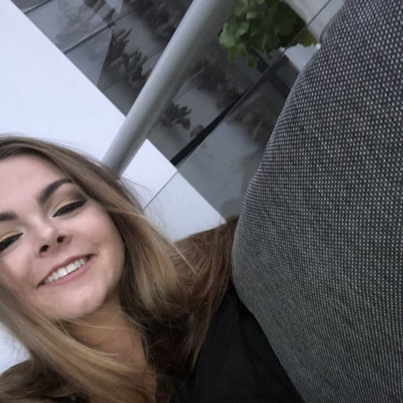 Tayla, Female, 18, $200, Non-smoker, No pets, and No children