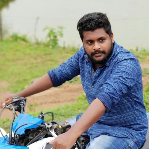 Sreenivasan, Male, 22, $150, Non-smoker, No pets, and No children