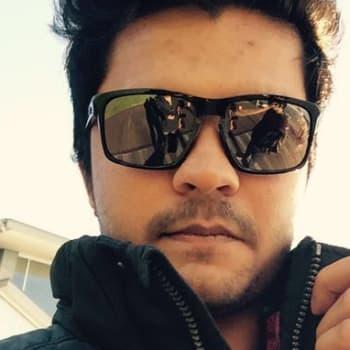 Ridham Vadalia, Male 21yrs, $350, No children, No pets, and Non-smoker