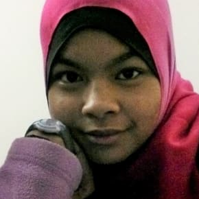 Afifah, Female, 26, $150, No pets, No children, and Non-smoker