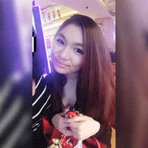 Nikki Lim, Female, 20, $180, No pets, No children, and Non-smoker