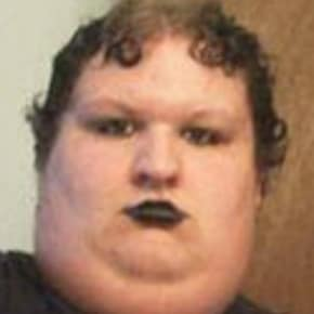 Robert, Male, 28, $260, Have pets, Smoker, LGBT+, and No children