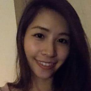 Yan, Female, 24, $185, Non-smoker, No pets, and No children