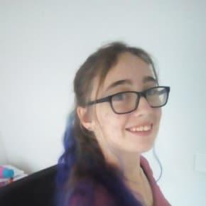 Samantha, Female, 18, $200, Non-smoker, No pets, and No children