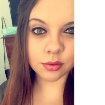 Brittney, Female 19yrs, $120, No pets, No children, and Non-smoker
