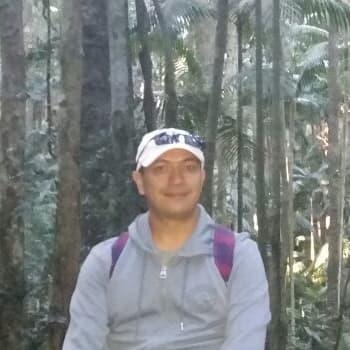 Javier Garcia, Male, 38, $220, No pets, No children, and Non-smoker