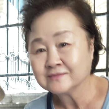 JungYu & Lee, 39-60, $300, No pets, No children, and Non-smoker