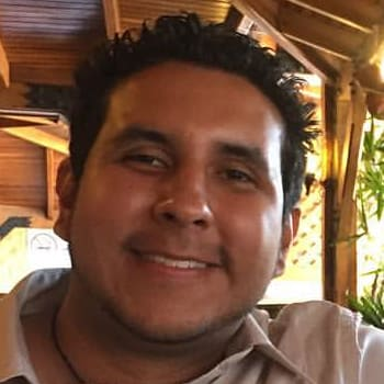 Eduardo, Male, 27, $170, No pets, No children, and Non-smoker