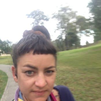 Maria, Female 27yrs, $300, Smoker and No children