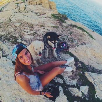 Laia, Female, 25, $230, No pets, No children, and Non-smoker
