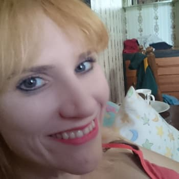 Franceska, Female 29yrs, $160, No pets, No children, and Non-smoker