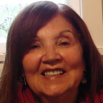 Myrna Fielden, Female 50yrs, $250, No pets, No children, and Non-smoker
