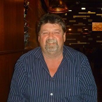 Garry, Male 56yrs, $100, No pets, No children, and Smoker
