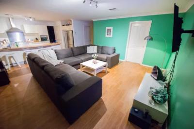 Share House - , Mardi $260