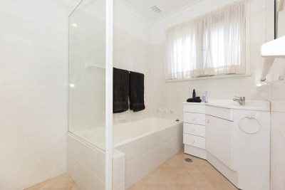 Share House - Canberra, Downer $150